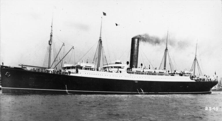 A Titanic árnyékában